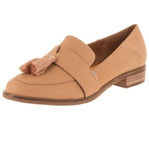 Toms Shoes - Like new Toms leather tan loafers tassels 7.5